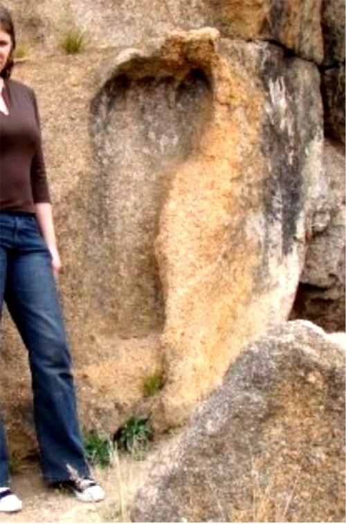 Giant Footprints Giant Footprints